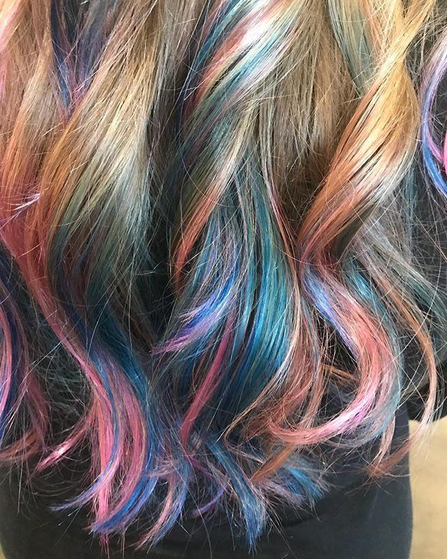 #mermaidhair #mermaidcolors #balayage #balayagemermaidhair