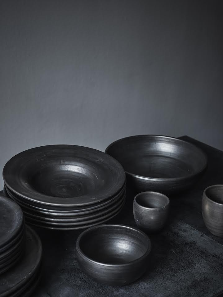 Arrondissement Copenhagen | Black Reduced Ceramics.
