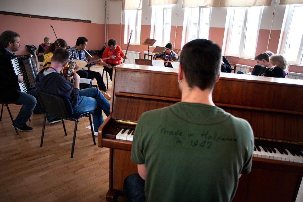 pianoman1.jpg
