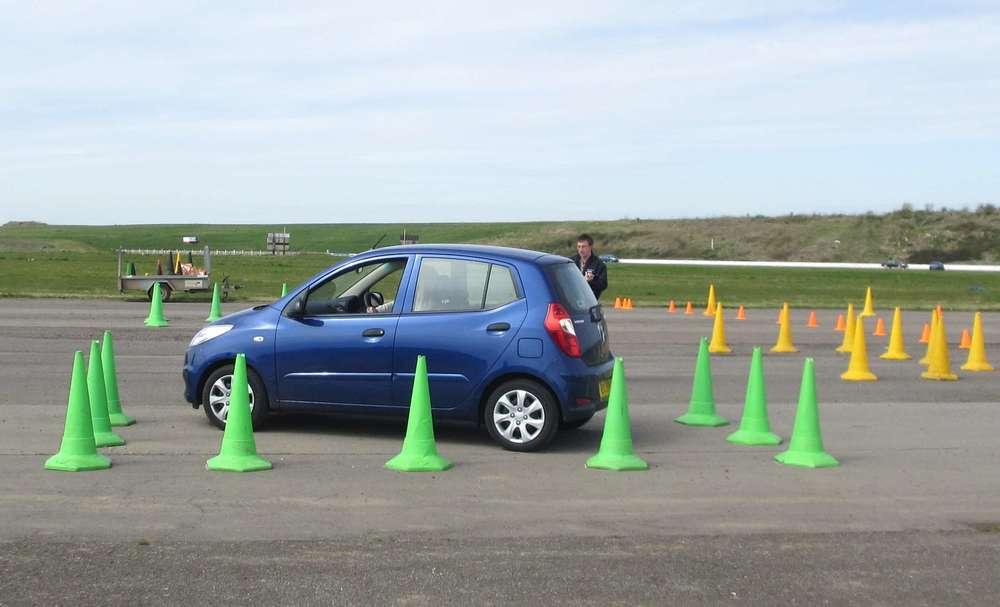Practice close-quarter manoeuvring