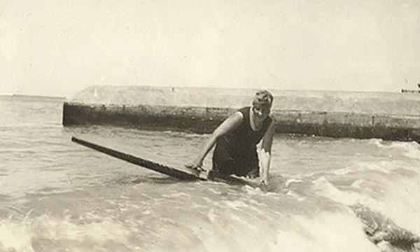 agatha christie surfer på las canteras