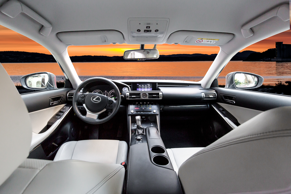 Lexus-1.jpg
