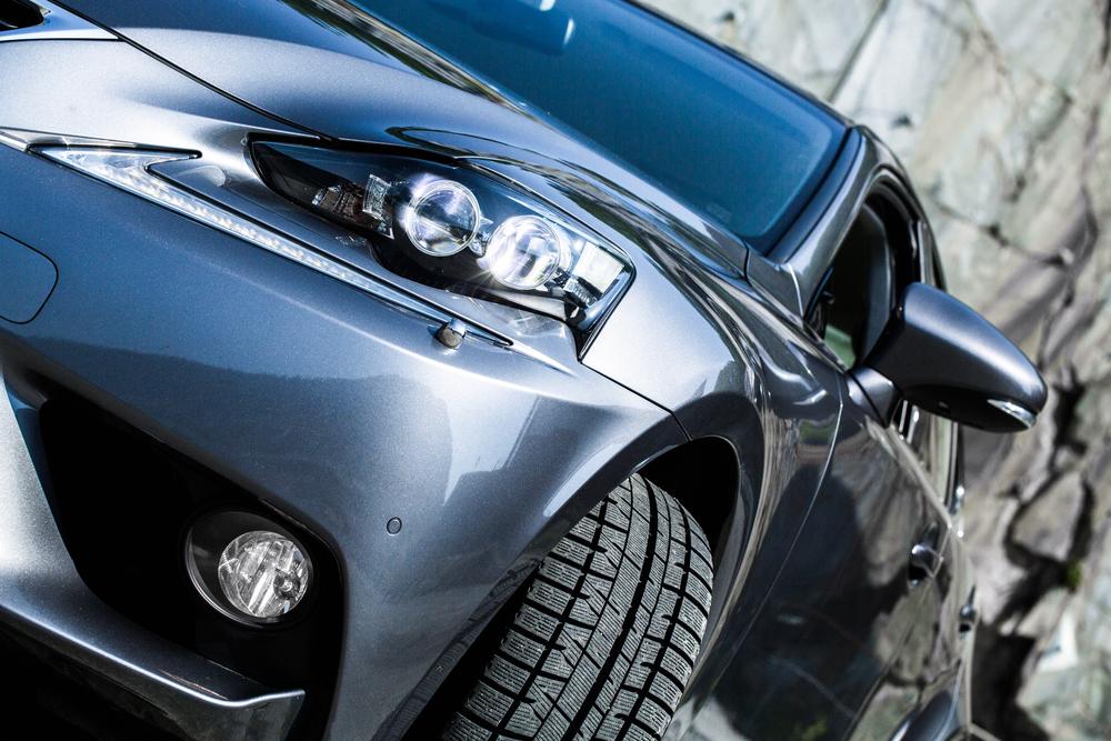 Lexus-5.jpg