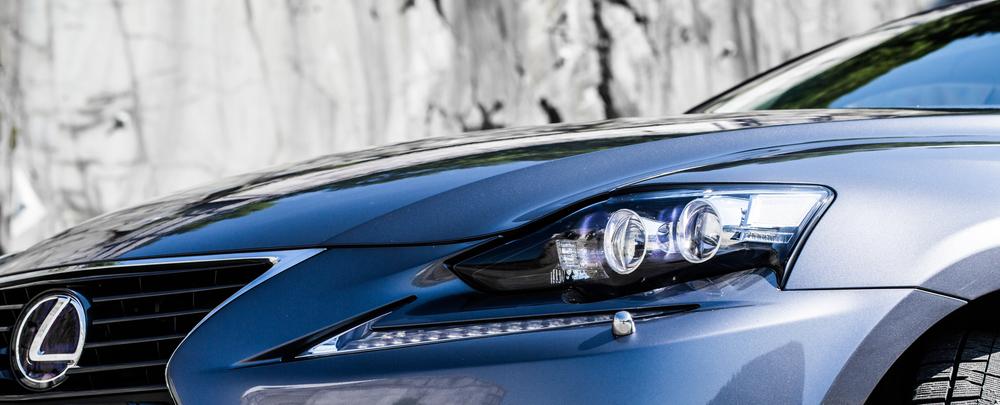 Lexus-8.jpg