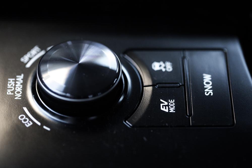 Lexus-12.jpg
