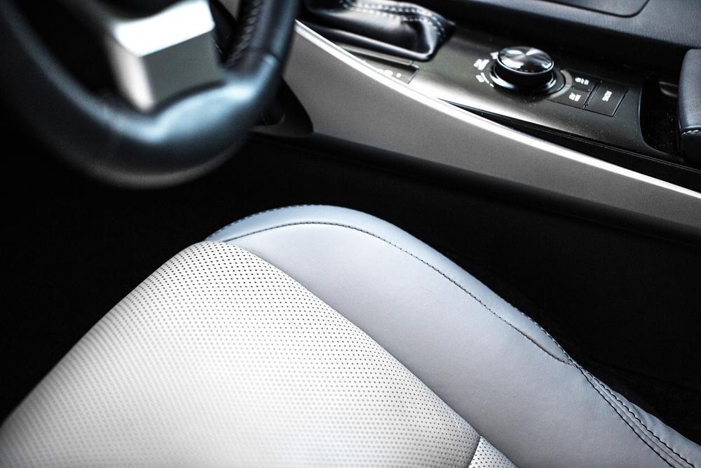 Lexus-13.jpg