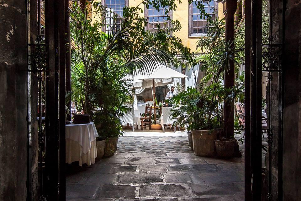 Entrance to Casa Montesdeoca (  photo source  )