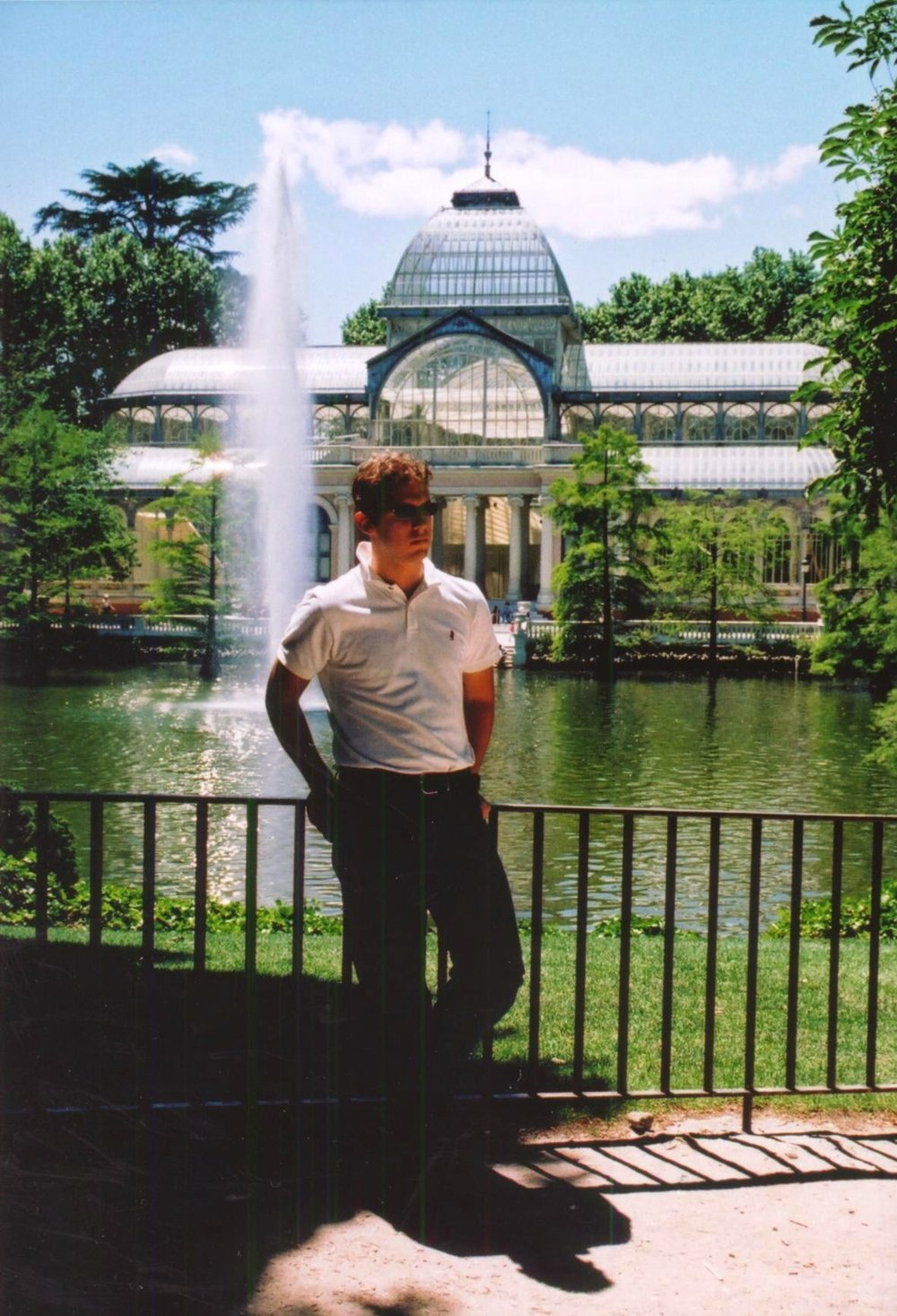 May 2002 – Parque del Retiro. Photo taken by my mom.