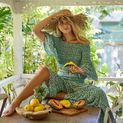 Poupette Giraud founded St Barth in 1995. Poupette St Barth is the love story or a woman and an island in the French West Indies. Poupette arrived on the lost paradise by boat in 1979 and never left. 16 years later, she created her own line of clothing. - @poupettestbarth