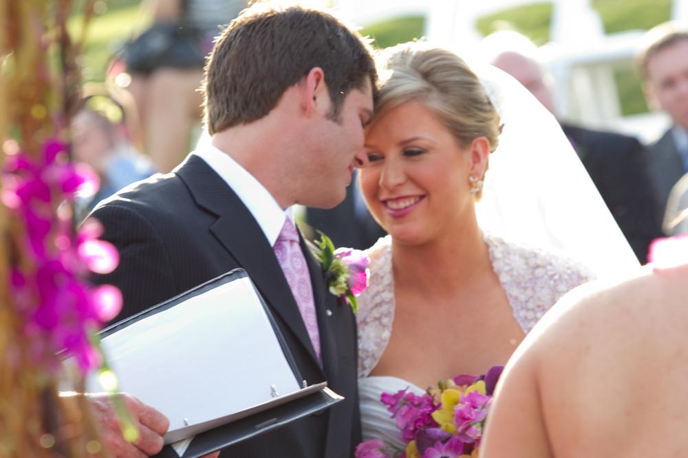 ThisbeGrace.WEDDING.LostPines.0012.jpg