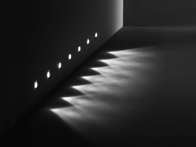 "<p align=""left""> <b> NANOLED </b> Wall Recessed </p>"