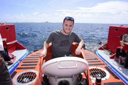 Luke ready to dive deep on the Bonaire reefs
