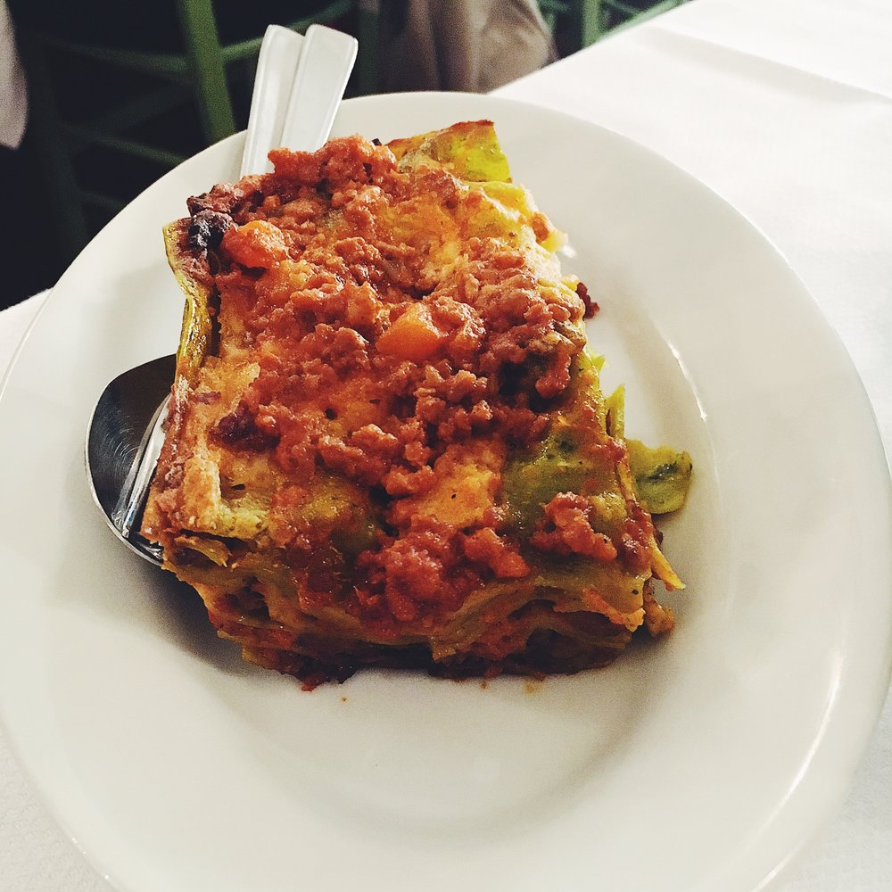 Ten foods you need to eat in Bologna: lasagne verde