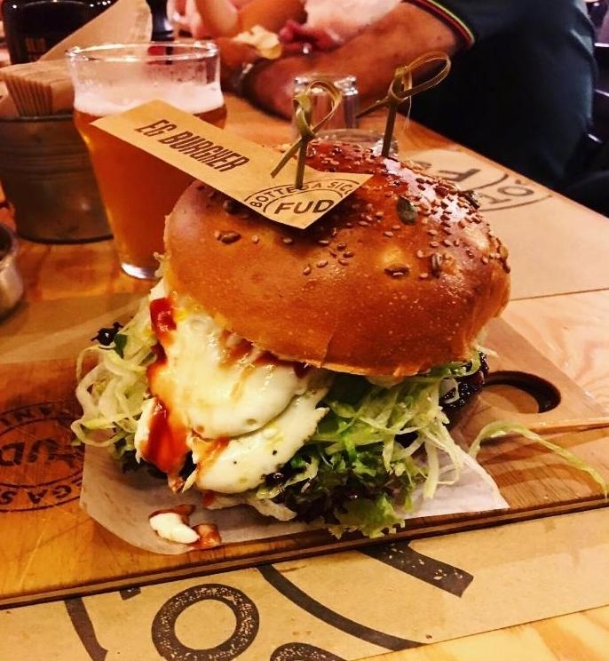 Burger at Fud