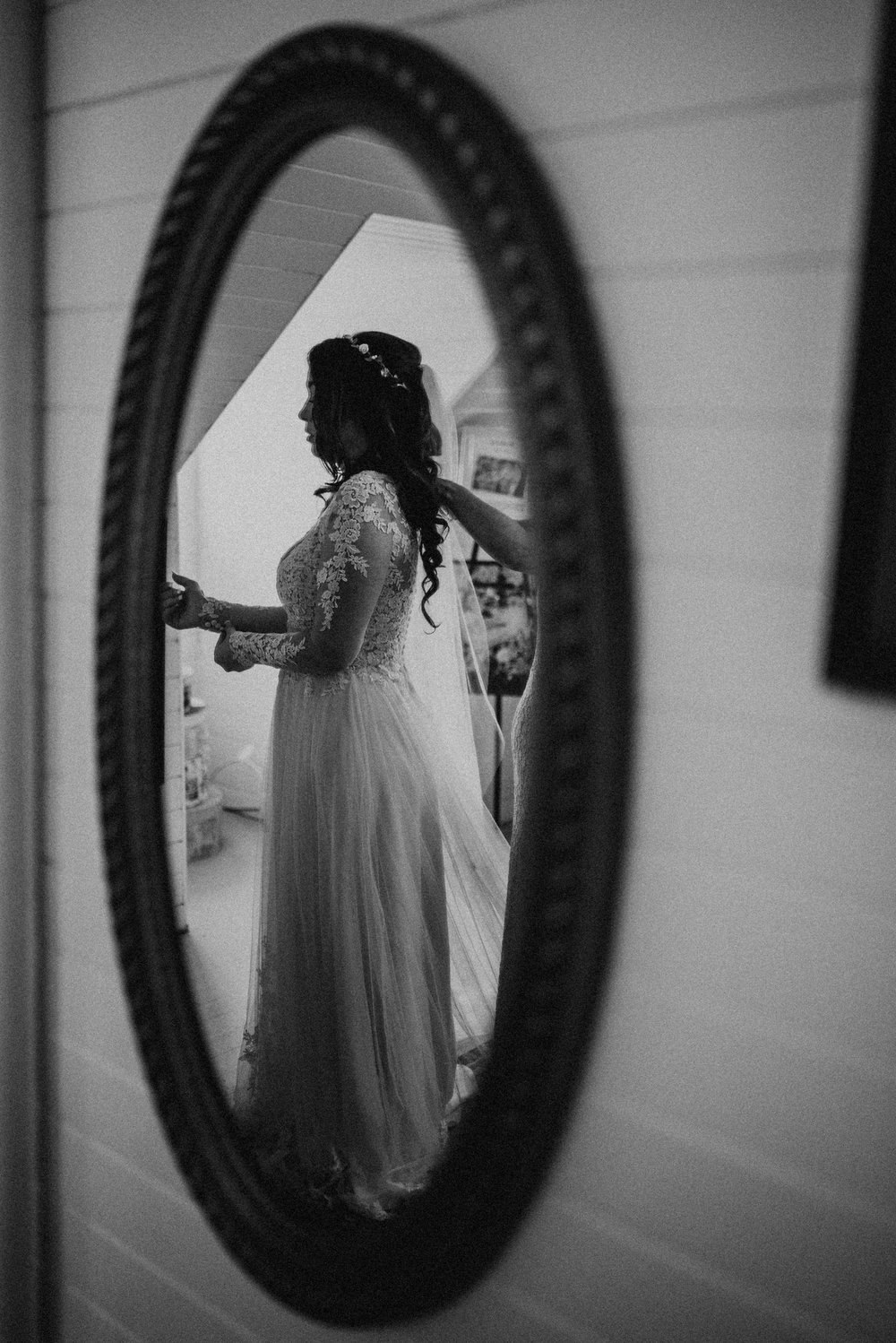 VanessaAlvesPhotography_AtlantaWeddingPhotographers_RockportMAWedding_BostonWeddingPhotographers_CarnivalThemedWedding_34.jpg
