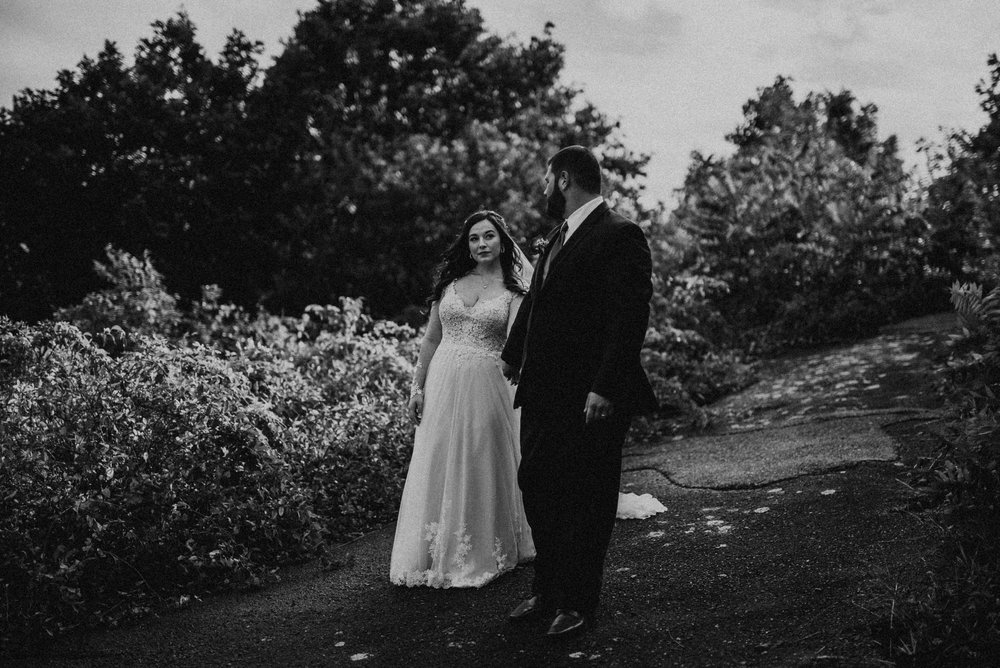 VanessaAlvesPhotography_AtlantaWeddingPhotographers_RockportMAWedding_BostonWeddingPhotographers_CarnivalThemedWedding_106.jpg