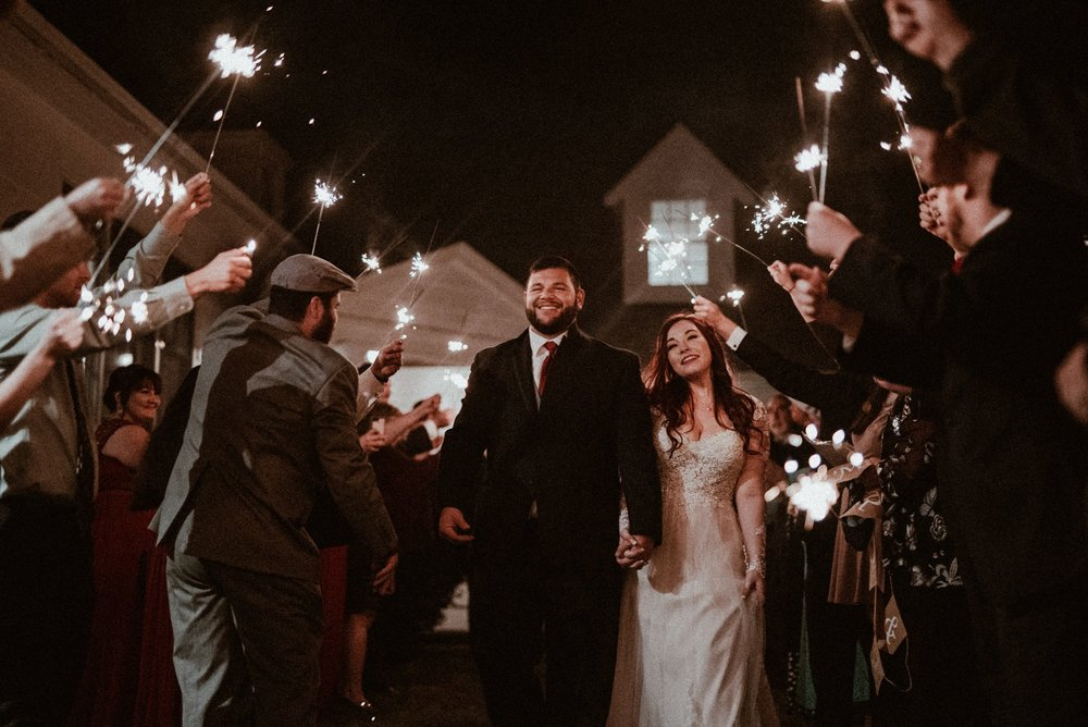 VanessaAlvesPhotography_AtlantaWeddingPhotographers_RockportMAWedding_BostonWeddingPhotographers_CarnivalThemedWedding_146.jpg