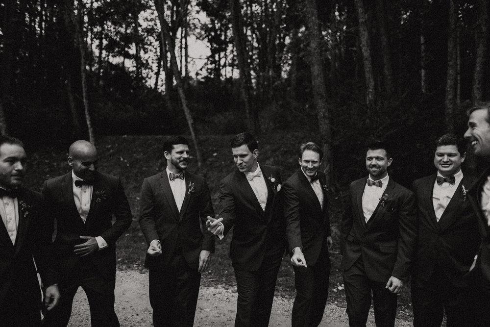 groomsmen posing.jpg