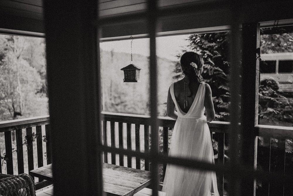 north-carolina-fall-vineyard-wedding-vanessaalvesphotography-15.jpg