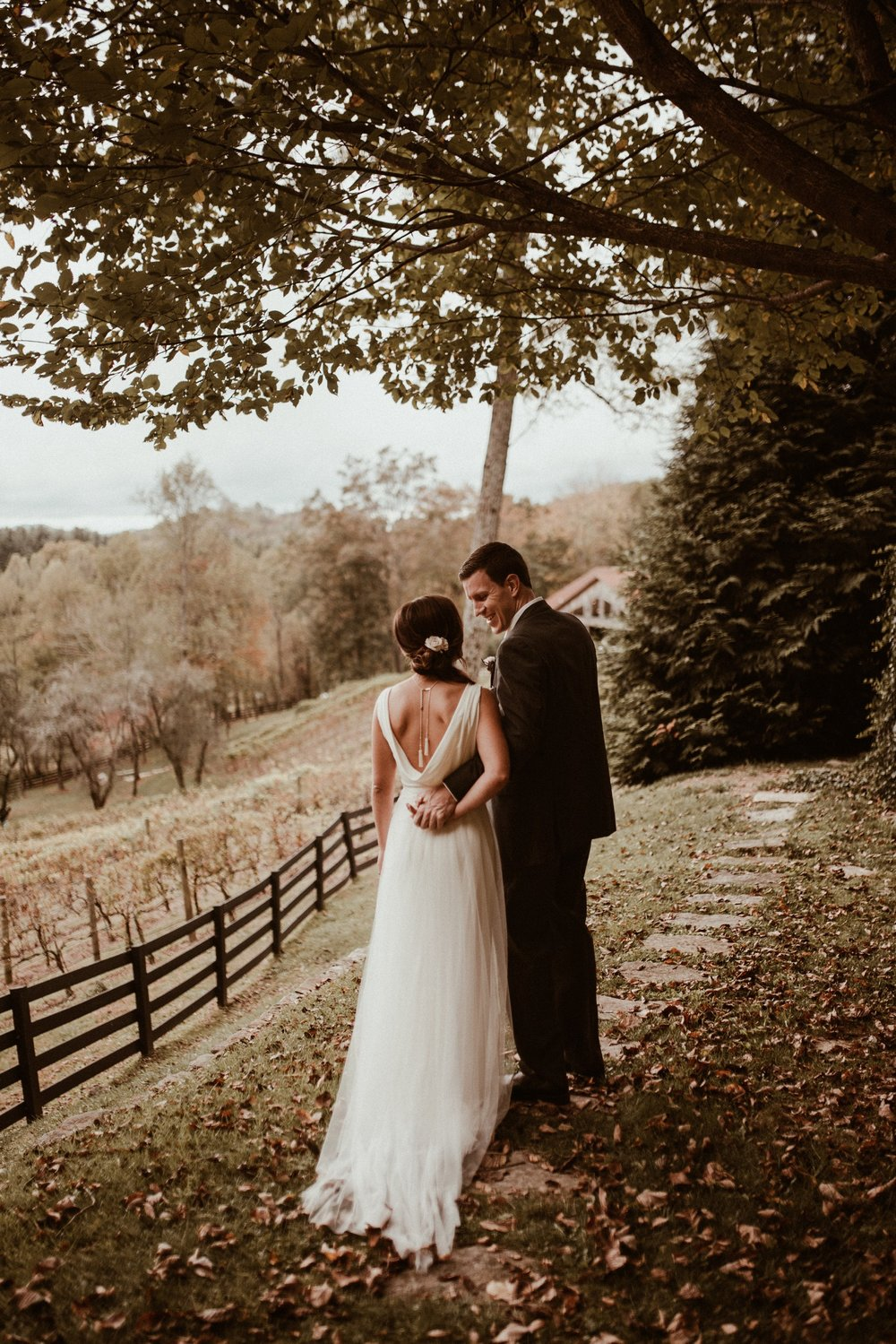 north-carolina-fall-vineyard-wedding-vanessaalvesphotography-36.jpg