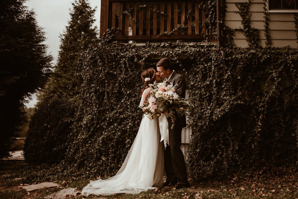 north-carolina-fall-vineyard-wedding-vanessaalvesphotography-39.jpg