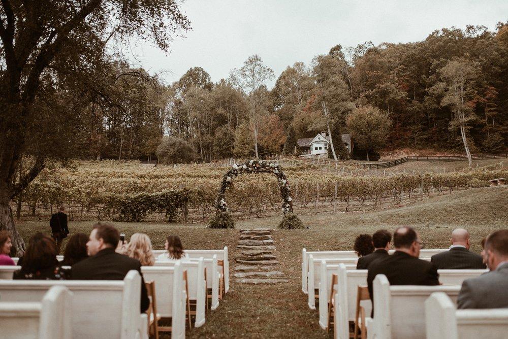 north-carolina-fall-vineyard-wedding-vanessaalvesphotography-60.jpg