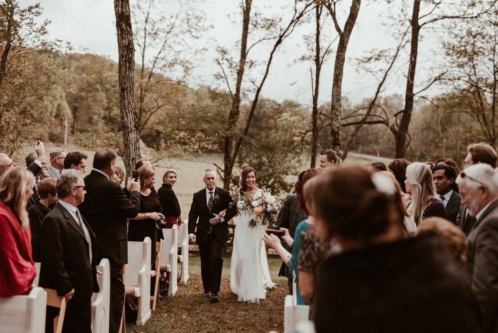 north-carolina-fall-vineyard-wedding-vanessaalvesphotography-68.jpg