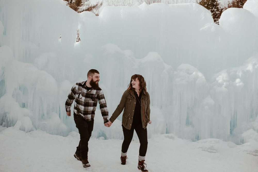 ice-castles-nh-engagement-session-boston-wedding-photographer-vanessa-alves-photography10.jpg