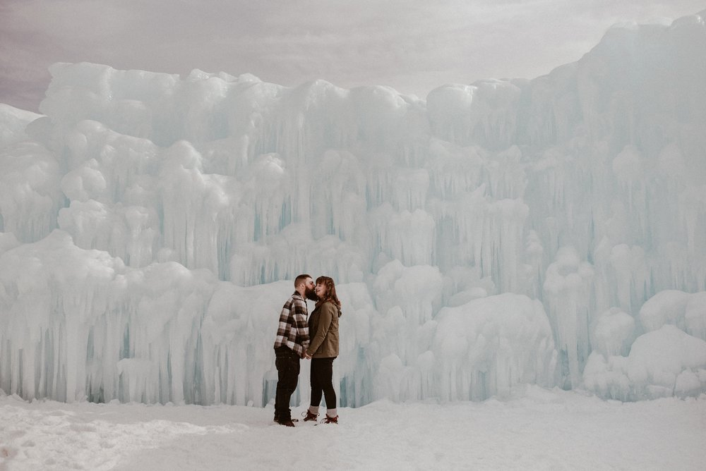 ice-castles-nh-engagement-session-boston-wedding-photographer-vanessa-alves-photography19.jpg