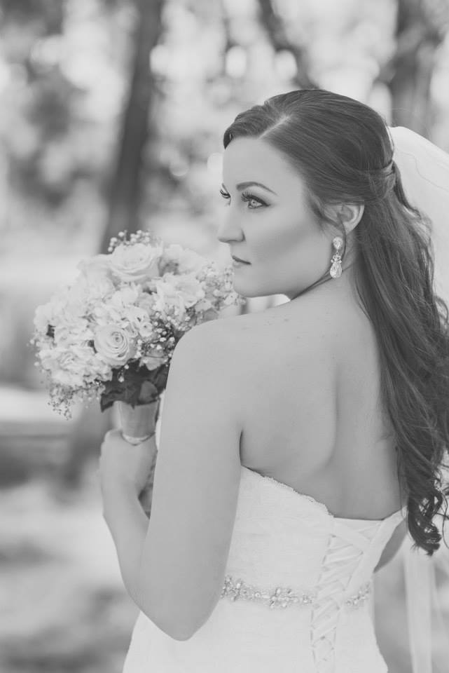 beautiful-dallas-fort-worth-bride-black-white-photo-hair-makeup.jpg