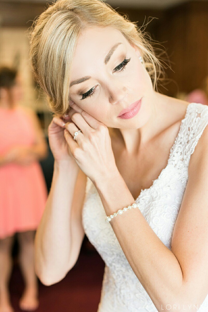 bride-hair-and-makeup-by-professional-makeup-artists-dallas-fort-worth-072116.jpg