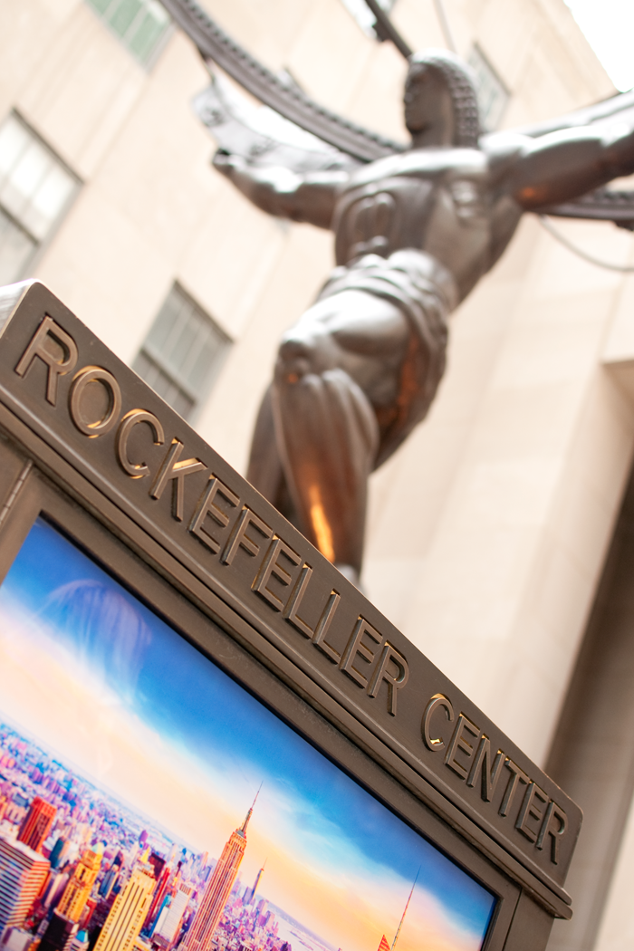 ROCKEFELLER PLAZA, NEW YORK CITY, ROCKEFELLER CENTER, THE RINK