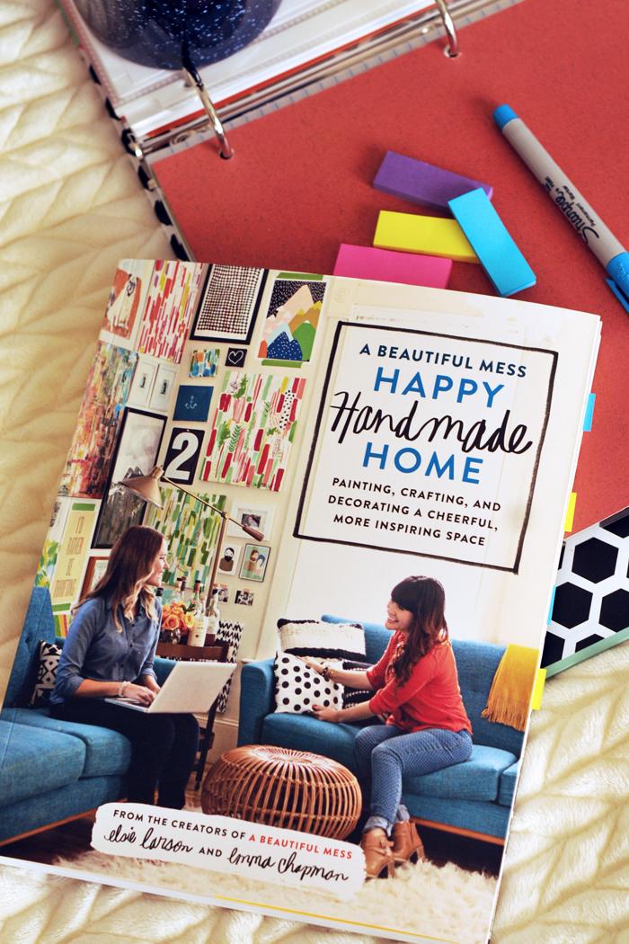 A BEAUTIFUL MESS HAPPY HANDMADE HOME REVIEW