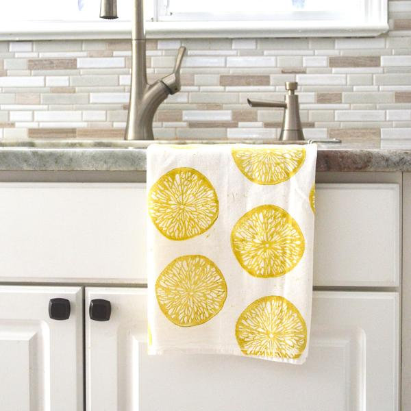 I hate a wimpy dish towel, you know the kind that get soaked quickly? I loved the block-print design of these before I knew they were made from absorbent, quick-drying, 100% US cotton.