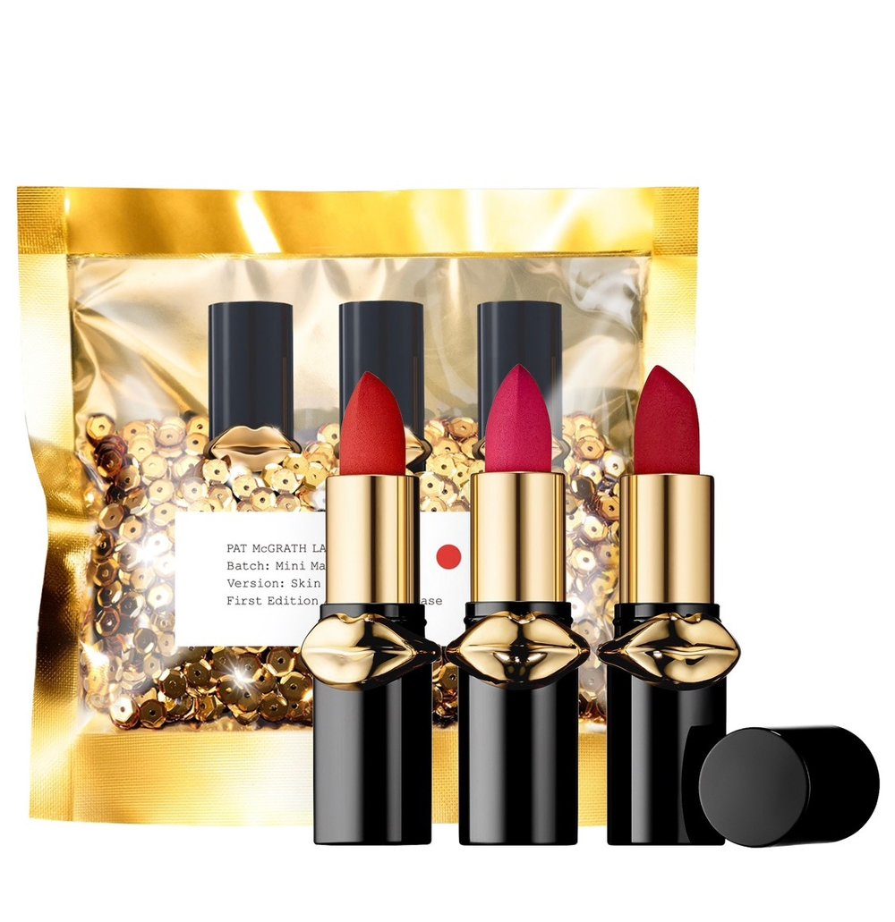 SKS Stocking Stuffers - Small gifts that are perfect for the beauty lovers on your list!