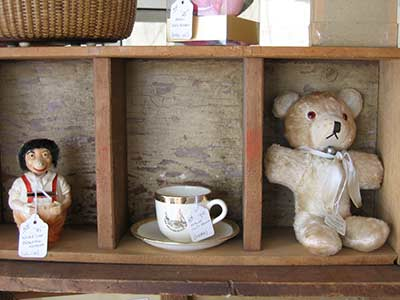 Brimfield teddy on shelf