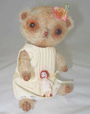 Sylvie and Dolly artist bear with companion