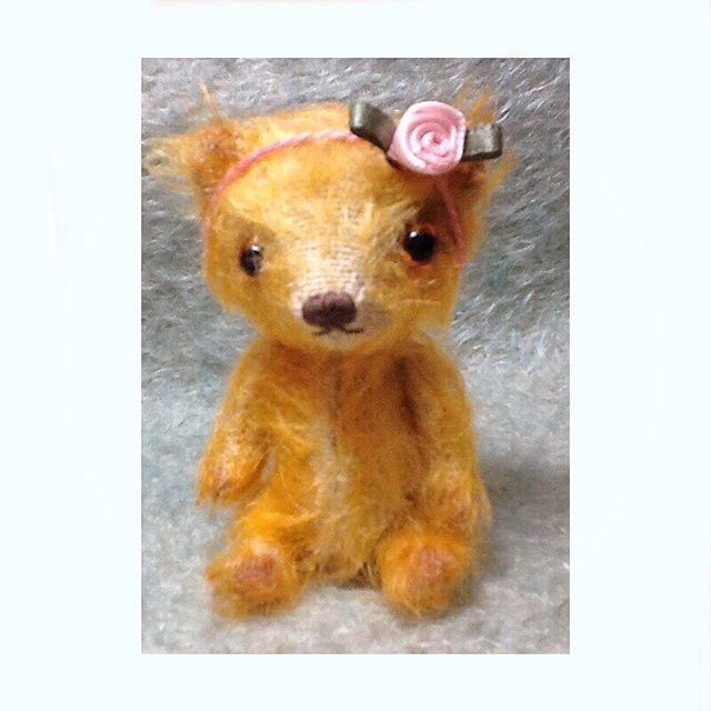 """Suzette, miniature mohair artist bear, 3 1/4"""" tall. #artistbear #mohair #miniaturebear #handdyed #ellifolks"""