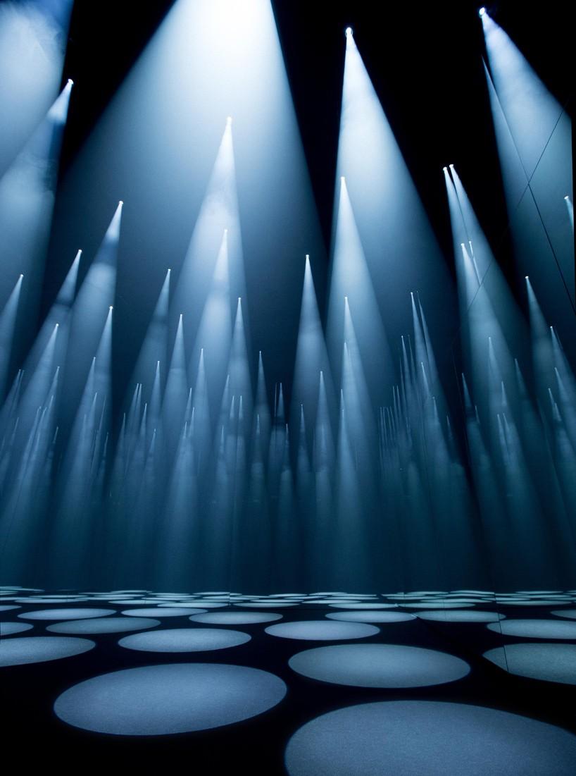 sou-fujimoto-COS-forest-of-light-milan-design-week-designboom-01-818x1101.jpg
