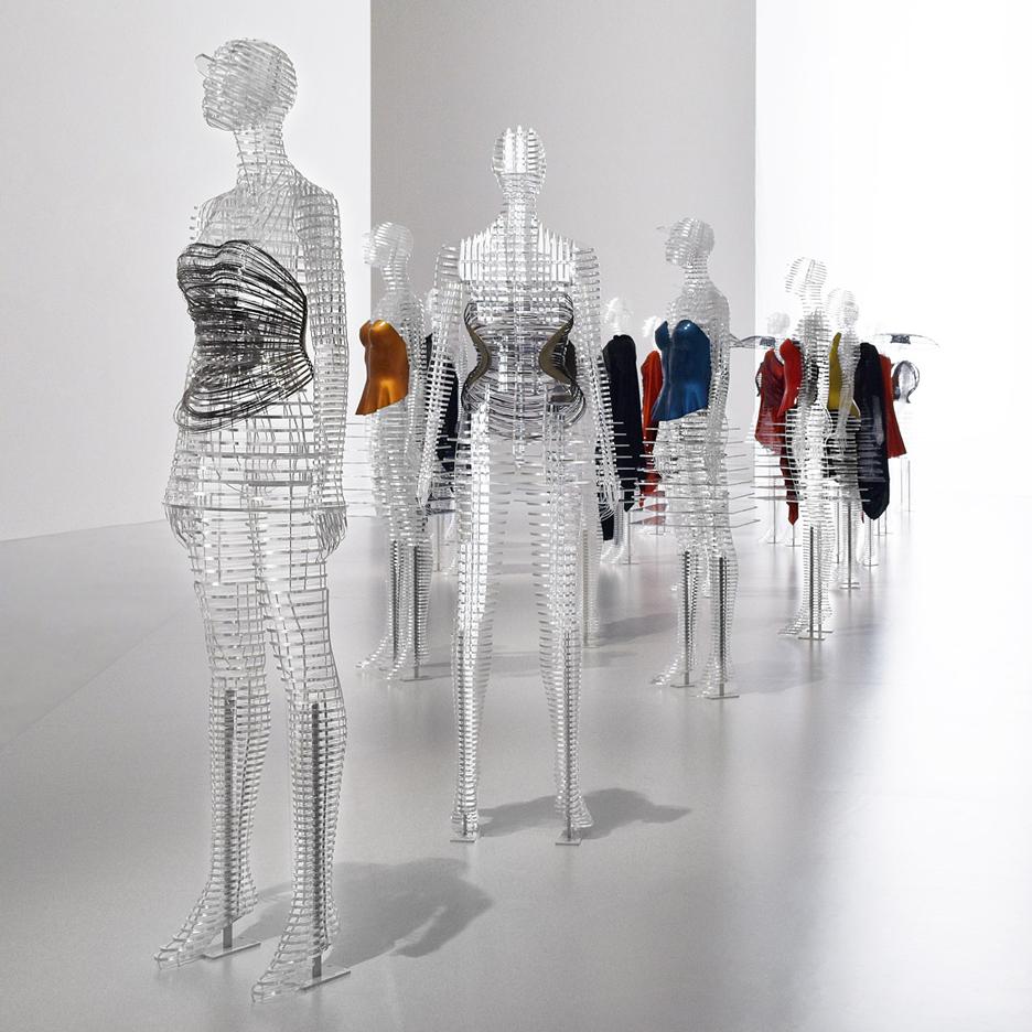 transparent-body-installation-tokujin-yoshioka-issey-miyake-exhibition-tokyp-japan_dezeen_sq.jpg