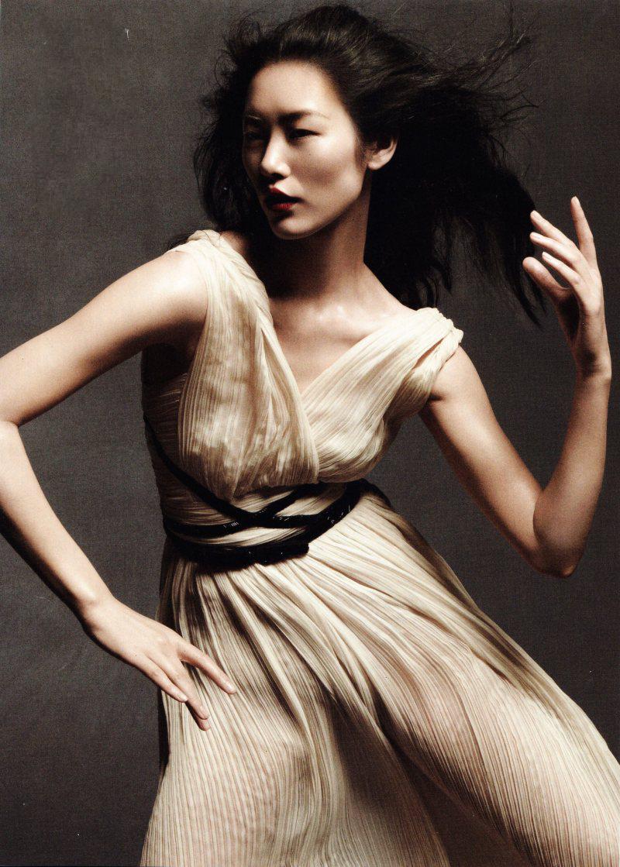 vogue-china-may-2012-2.jpg