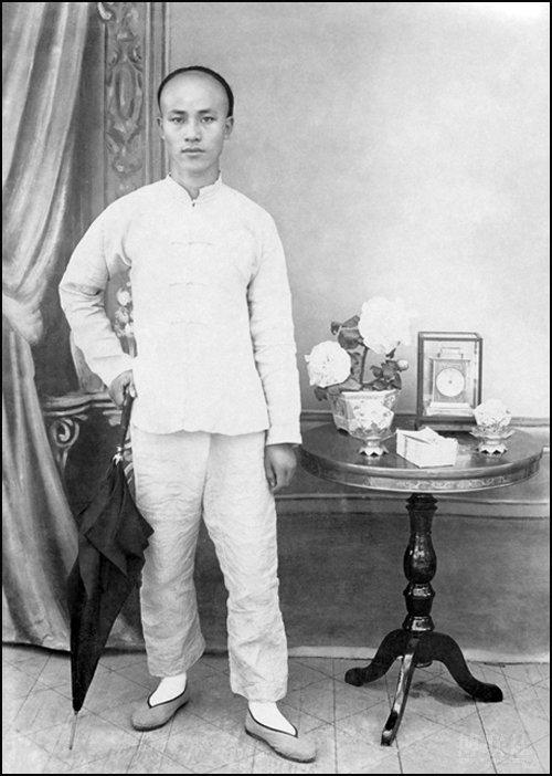 1907 Age 27