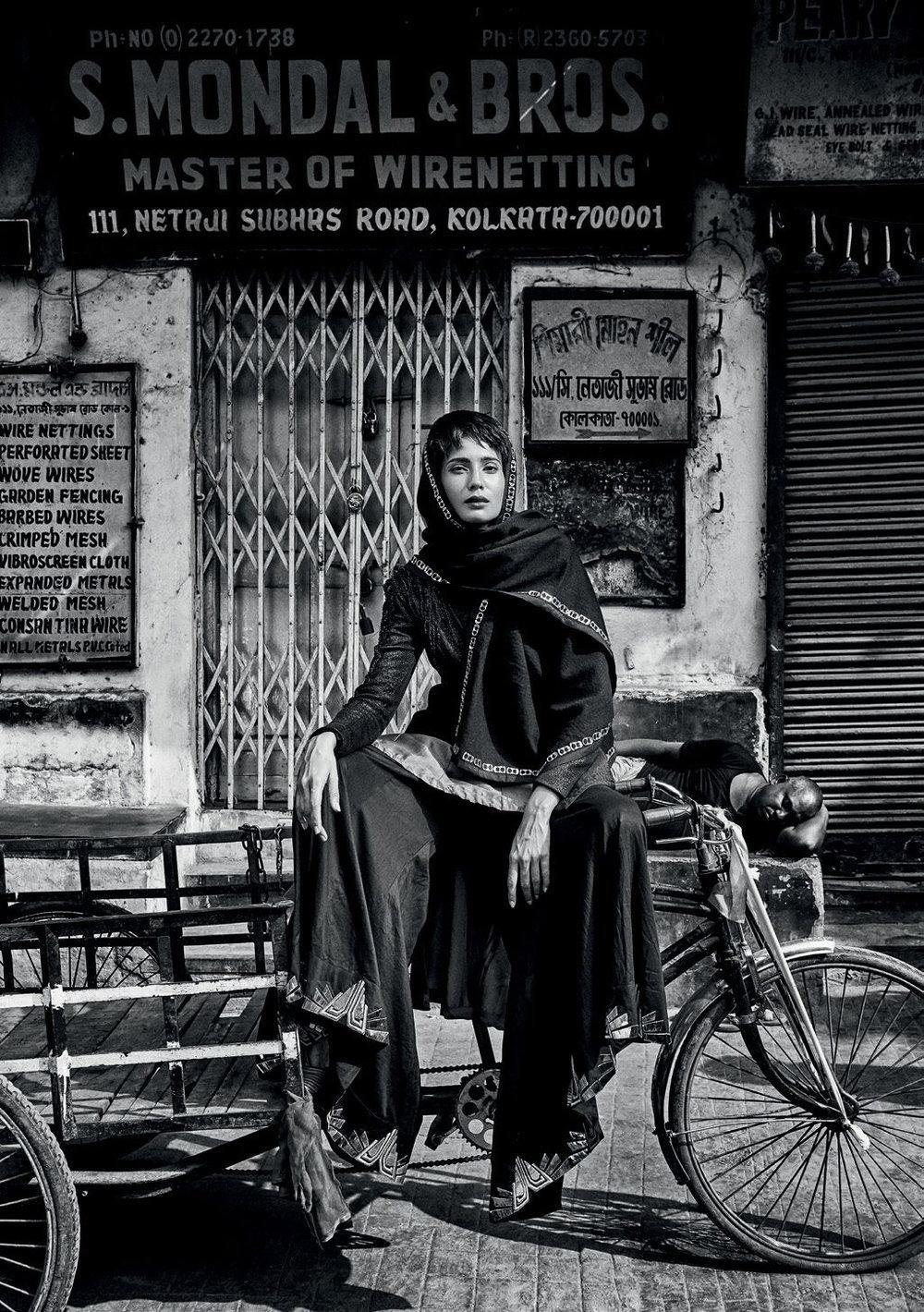 Harper_s_Bazaar_India_-_December_2016-151.jpg