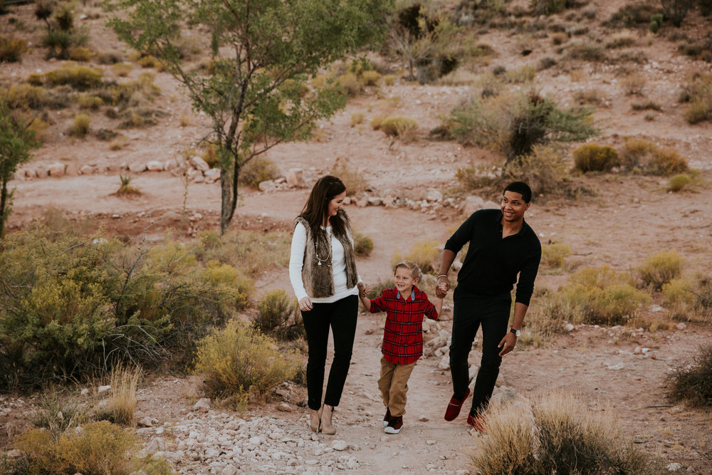 Las Vegas Family Photography - Family Photographer - Lifestyle Family Photography - Calico Basin - Red Spring - Nevada - Documentary