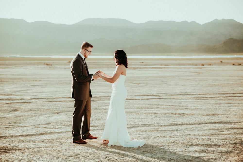 Las Vegas Wedding Photography - Seattle Wedding Photographer - Destination Wedding Photographer - Elopement Photographer - First Look