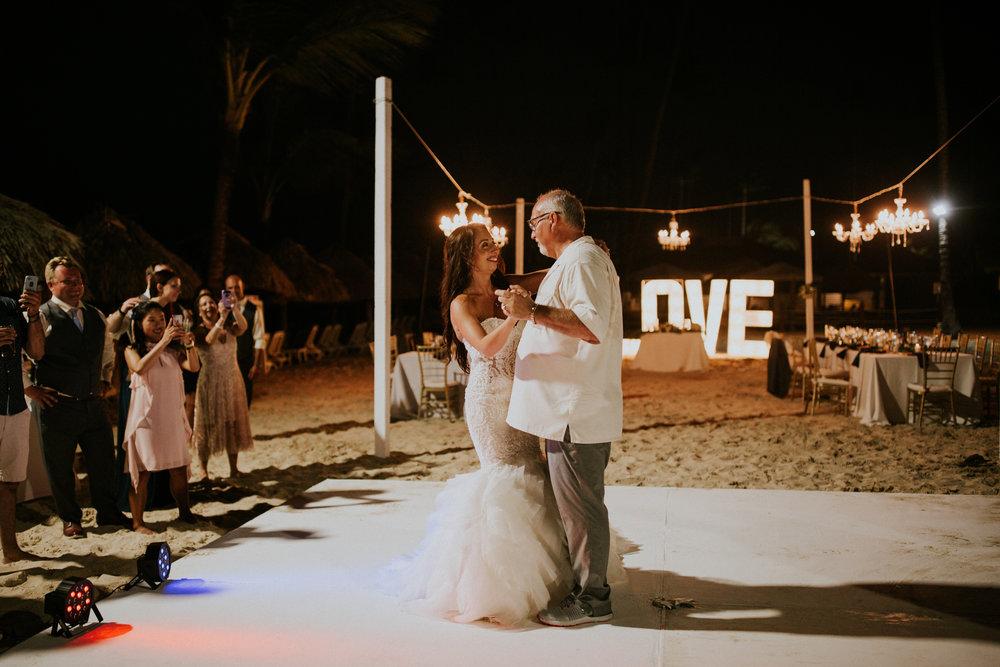 Amanda + Sean | Intimate Resort Wedding in Punta Cana {Majestic Elegance, Punta Cana, Dominican Republic} | Kamra Fuller Photography