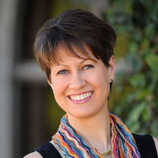 Natascha Hebell-Fernando, licensed Acupuncturist Holistic health practitioner