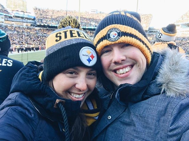 A little delayed posting, but we were there!! 🙌🏻 🏈 #steelersvsjaguars . . . . #steelersfootball #pittsburghsteelers #heinzfield #pittsburghsports #pittsburghsportsfan #thehappynow #embracingtheseasons #thiswintermoment #makeyousmilestyle #sweetmemories #smilesallaround #playoffs