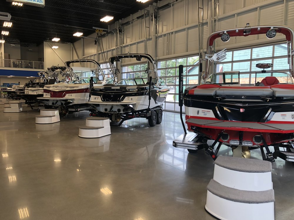 Midwest Water Sports MasterCraft Boats.JPG