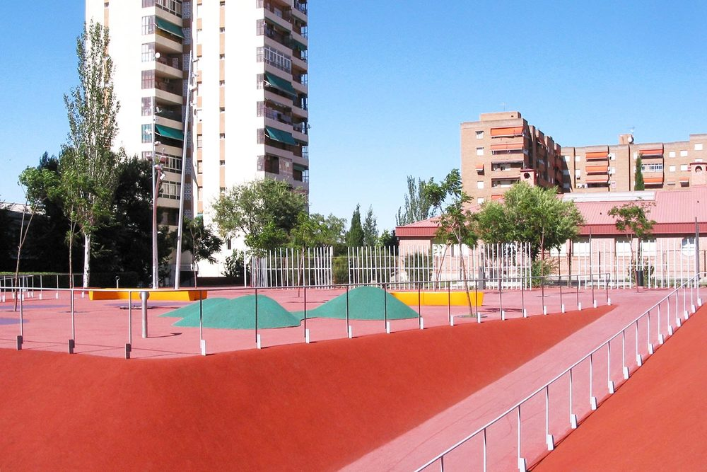 romerovallejo-boulevard-1-(.jpg